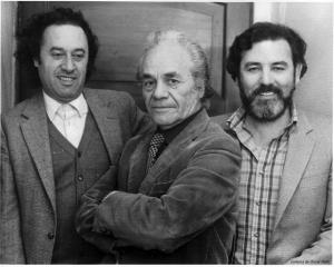 2c.Enrique-Lihn-Nicanor-Parra-y-Oscar-Hahn-Santiago-80-300x240
